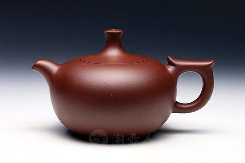 高湘君制芝泉(韩美林设计)壶