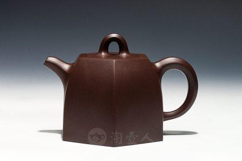 鲍廷博制铜砣六方壶